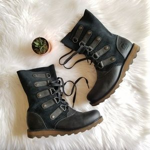 Sorel Joan Of Arc Mid Suede Boots Leather toe